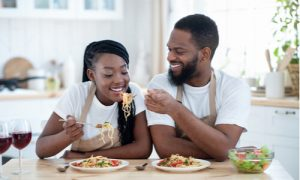 can gum disease be contagious to couples